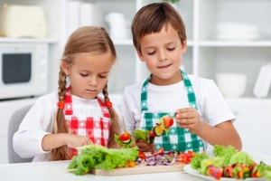 bigstock-Kids-with-aprons-preparing-a-h-30432230_cylkoc