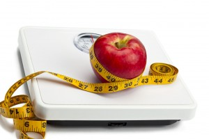 HCG-DIET-APPLE-AND-SCALE