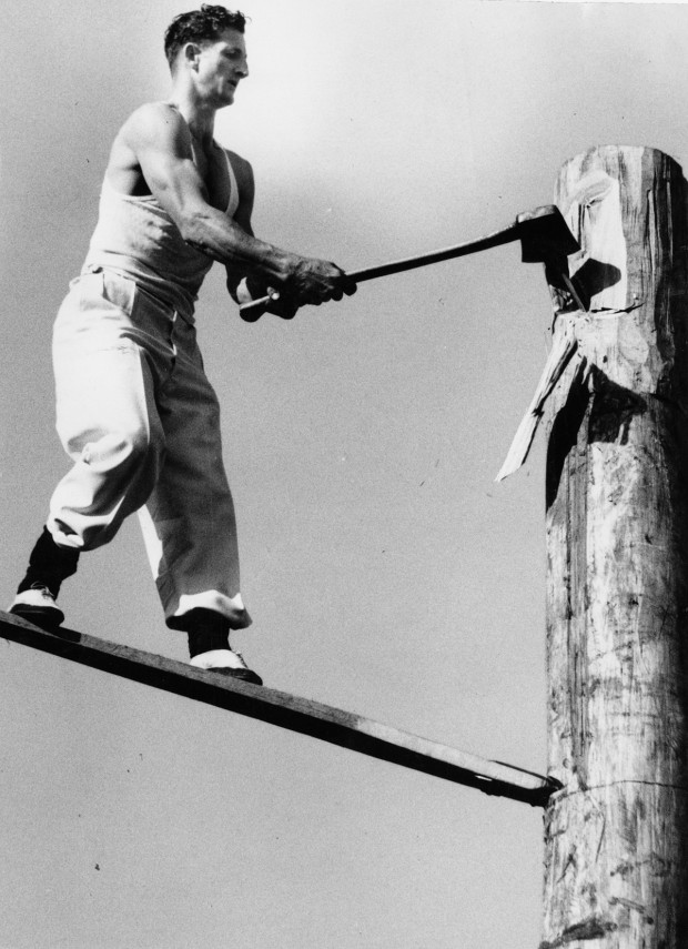 Woodchopping at the Royal Adelaide Show/Australia, J. H. Matheson competing, 1948