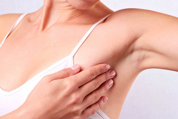 03-breast-cancer-swollen-lymphnodes-armpit
