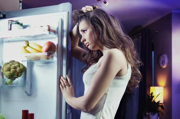 foods-you-should-never-eat-before-bedtime